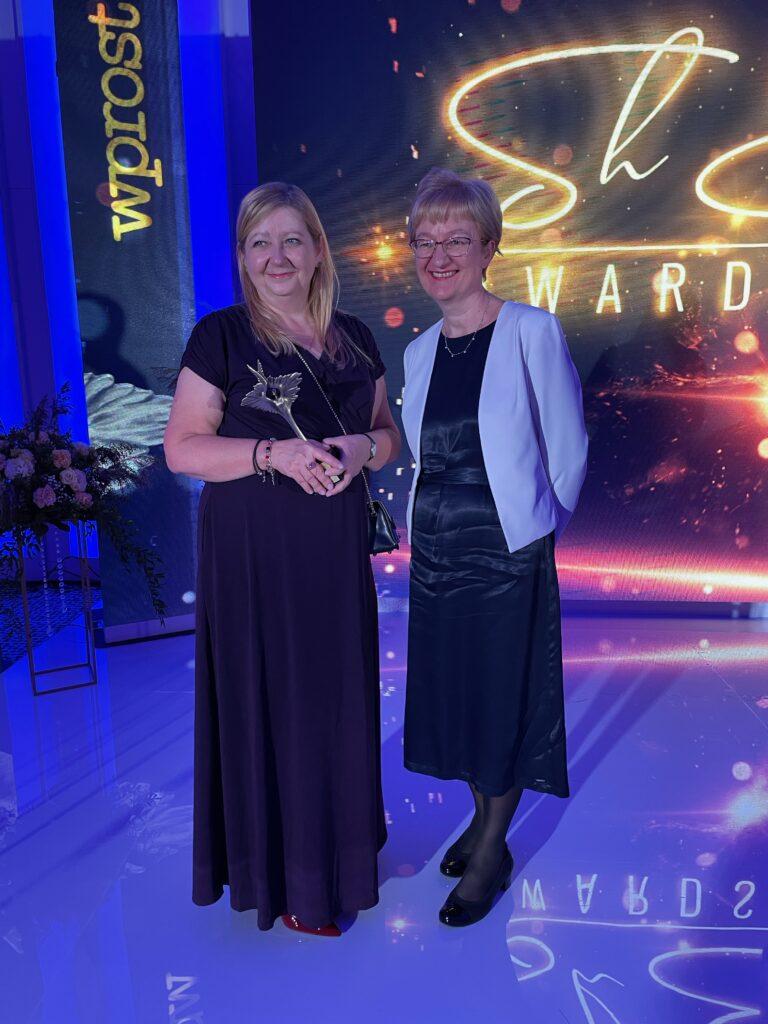 Dr n. med. Agnieszka Jagiełło-Gruszfeld została laureatką nagrody ShEO Awards 2021 w kategorii Autorytet Medyczny. Jest onkologiem klinicznym w Narodowym Instytucie Onkologii w Warszawie, gdzie zajmuje się pacjentkami z rakiem piersi. Źródło: materiały prasowe